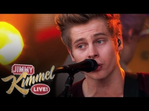"5 Seconds of Summer Performs ""She Looks So Perfect"""